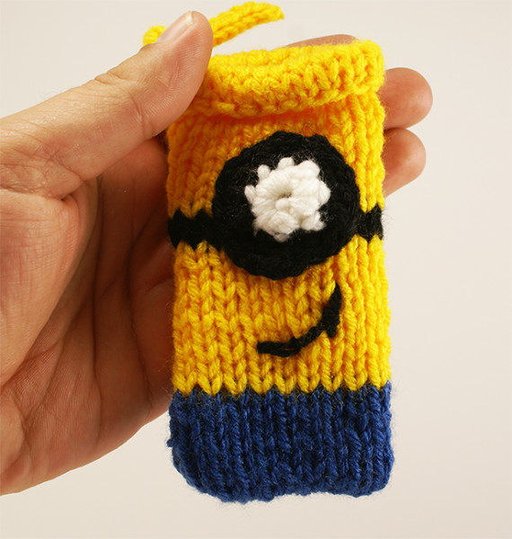 step 8 Minion Cell Phone Cover